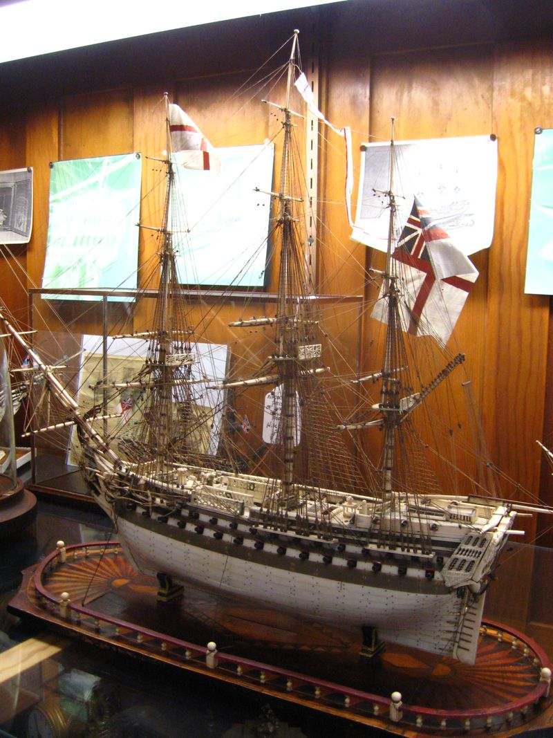 AntiqueShipModel