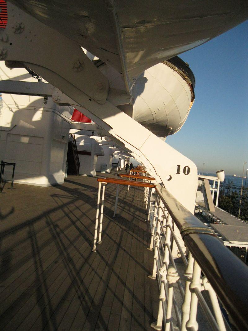 Queen Deck