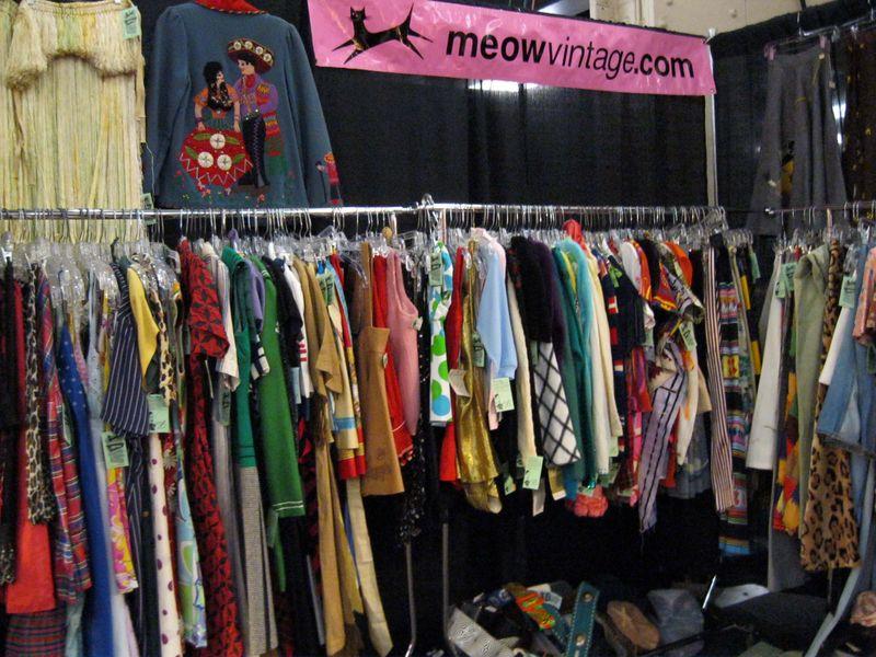 Meow_Vintage_Clothing